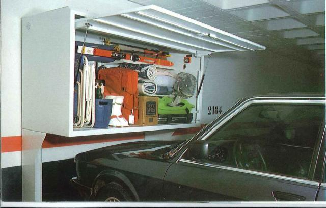 Plaça de garatge usada com traster