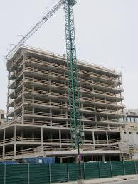 Edificio de viviendas en construcció