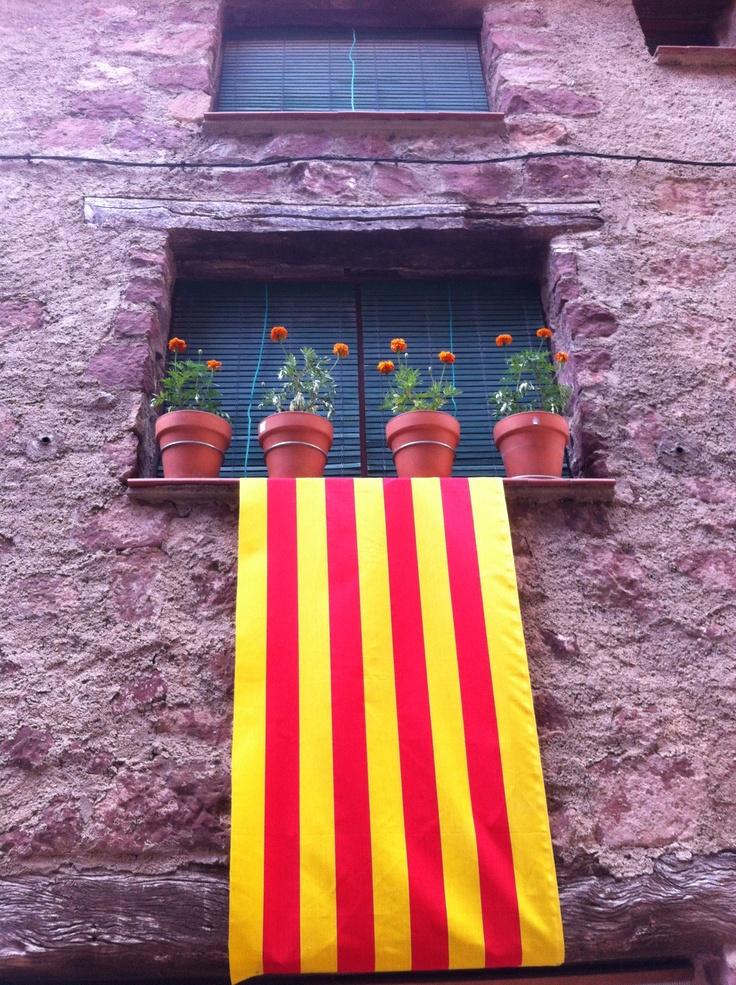 Bandera en el balcón