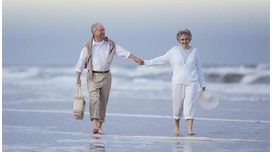 Los jubilados tiran del sector