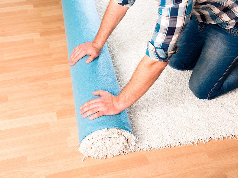Colocar alfombras