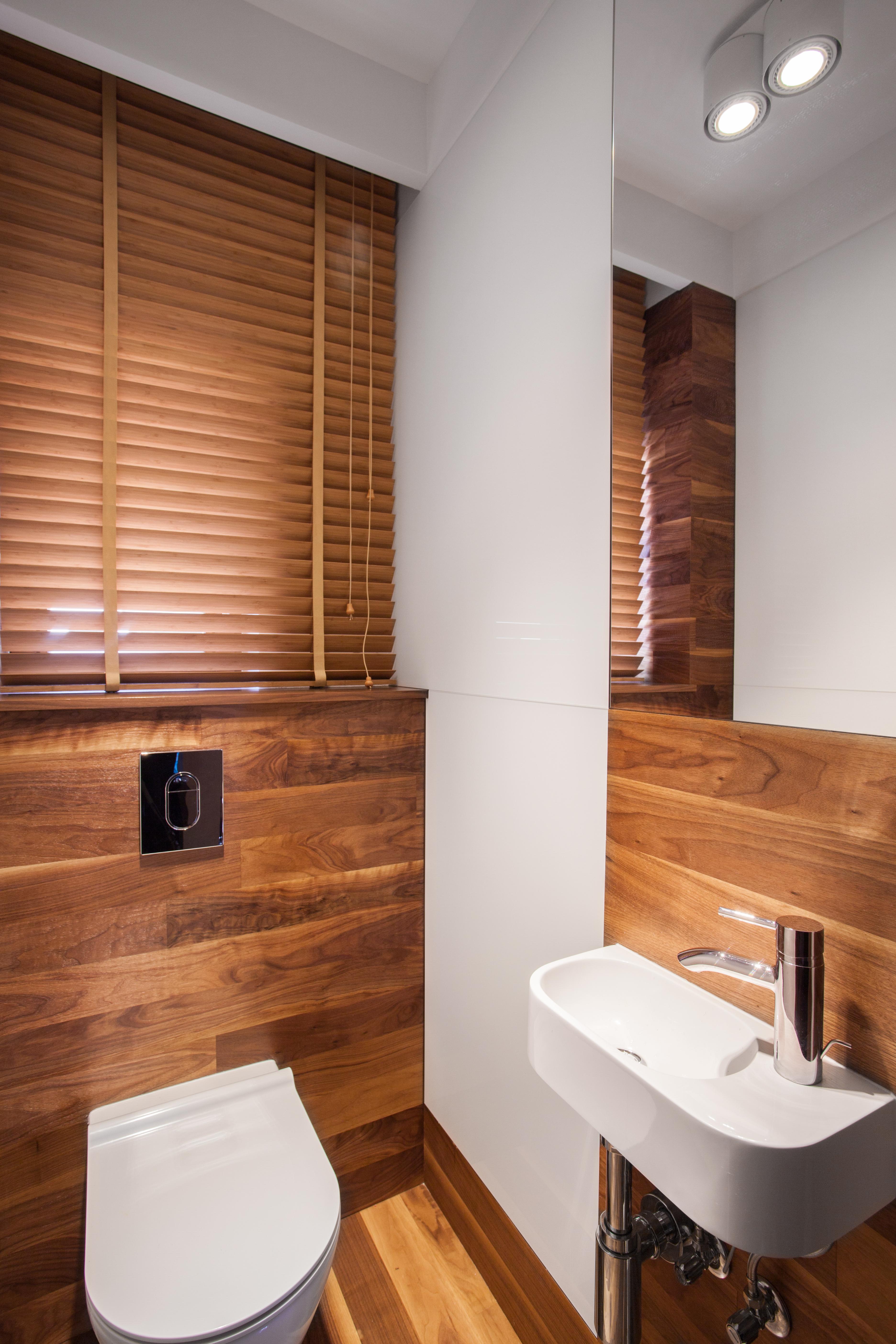 Baños de cortesía, un valor añadido para tu piso - Api.cat