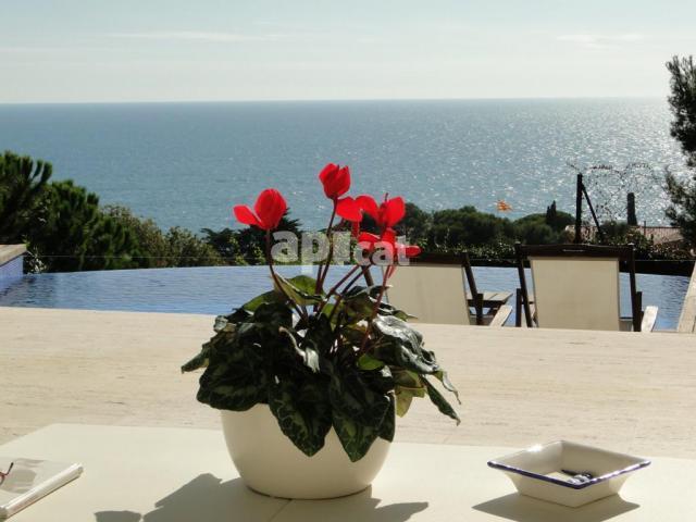 Casa con vistas Sant Feliu