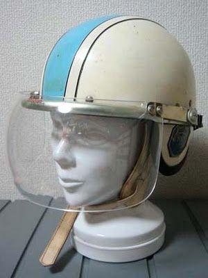 Soporte para el casco de la moto