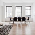 Para aprovechar la iluminación de tu vivienda debes evitar elementos que la bloqueen entre otras buenas prácticas
