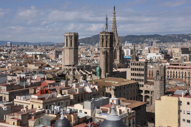 ¿Me puedo permitir alquilar un ático o duplex en Barcelona?