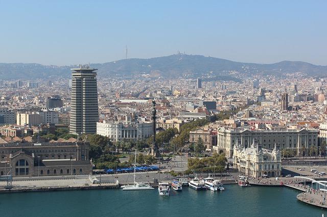 ¿Dónde encontrar aparcamiento gratis en Barcelona?